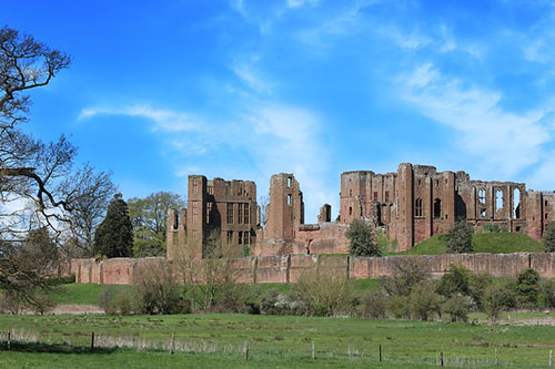 Kenilworth Castle Local Attractions to Stratford Bed and Breakfast