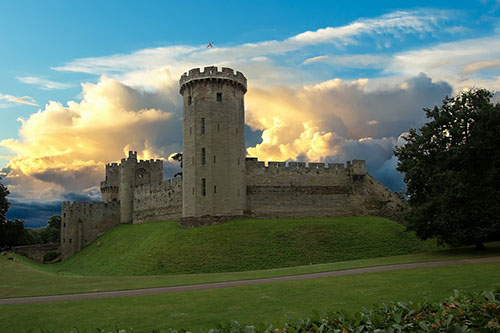 Warwick Castle Local Attractions to Stratford Bed and Breakfast