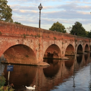 Places to walk near Stratford guesthouse